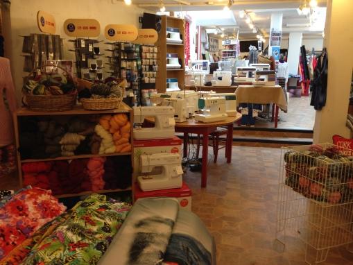Välkommen till Tygfinessen! Ett företag mitt på gågatan i Ystad läs mer...